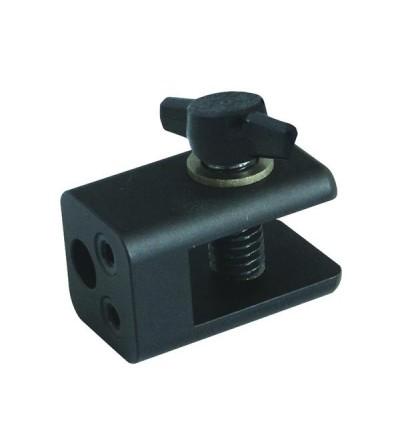 Adaptateur DA006 Bigblue permet le montage des lampes Sea and Sea compatibles sur les systèmes de fixation Bigblue