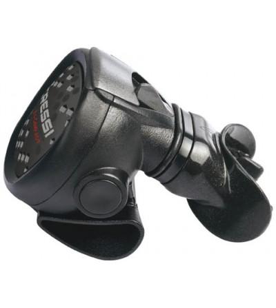 Détendeur voyage léger de plongée compensé Cressi XS Compact MC5 en version DIN 300 bars.