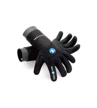 Les gants de plongée Aqua Lung Dry-comfort en néoprène 4mm sont étanches, avec double manchon et anti-dérapant sur les paumes