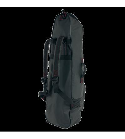 Sac à dos Beuchat Apnea Backpack pouvant contenir de longues palmes d'apnée ou chasse sous-marine. Aérations et poche frontale