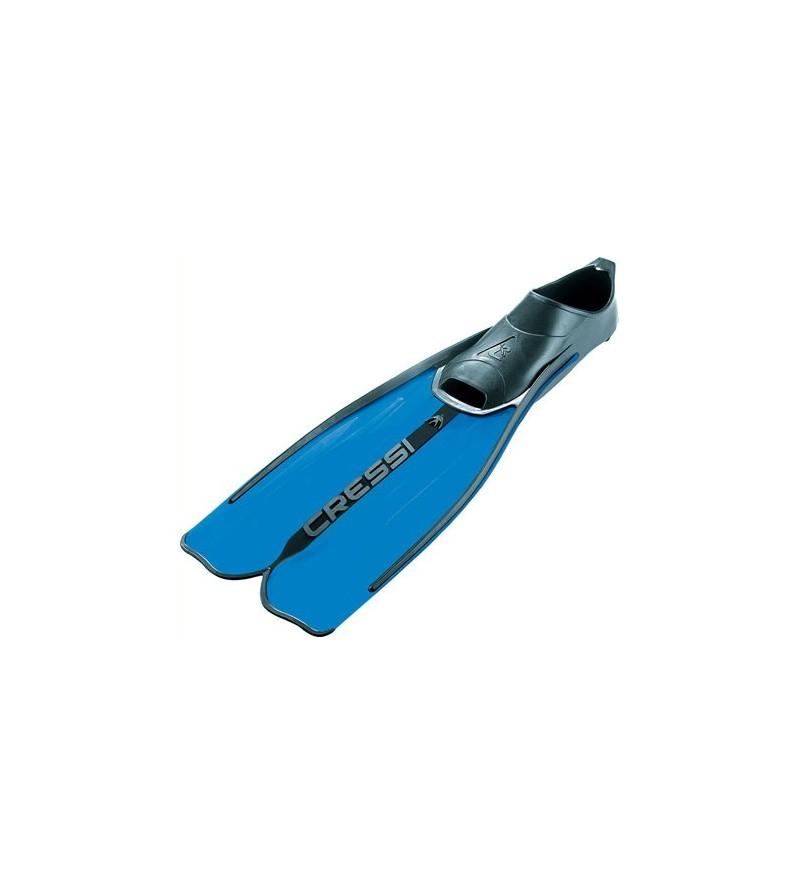 Palmes chaussantes Cressi rondinella à voilure longue pour débuter le snorkeling et la randonée PMT. Bleu, aigue-marine & jaune
