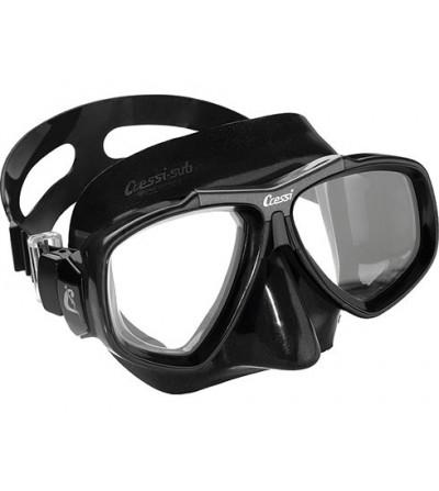 Masque Cressi Focus avec jupe en silicone noir pour la chasse sous-marine, la plongée, l'apnée & le snorkeling