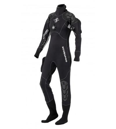 Vêtement sec Scubapro Everdry 4 modèle 2016 pour femme. Le confort d'une combinaison humide pour un vêtement étanche