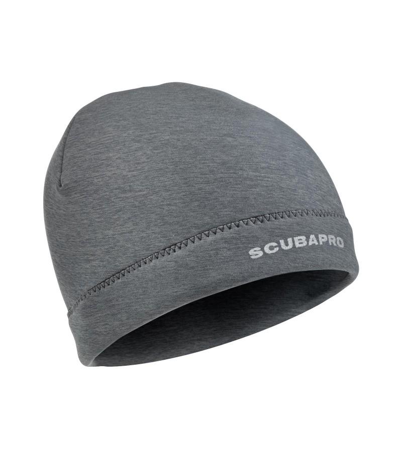 Ce bonnet gris en néoprène 2mm de Scubapro vous permettra de garder la tête au chaud en sortant de l'eau ou au quotidien