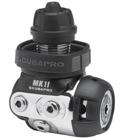 Détendeur compensé de plongée Scubapro MK11/R095 DIN, lfiable & léger, déal pour les voyages & approprié pour l'eau trouble